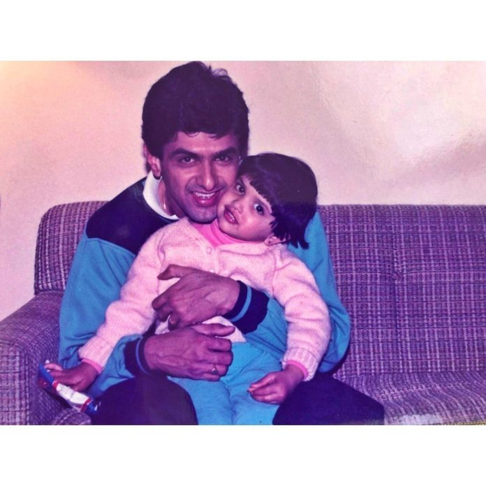 Deepika Padukone Images with Father