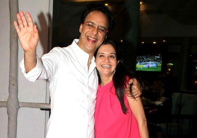Vidhu Vinod Chopra With Wife